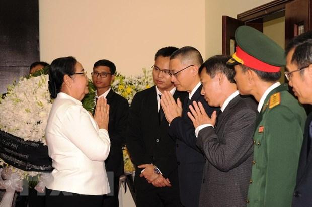 Tuong linh, sy quan quan doi Campuchia vieng Dai tuong Le Duc Anh hinh anh 3