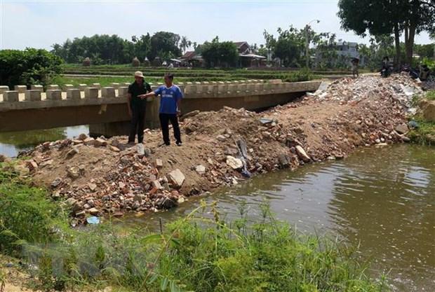 Quang Ngai: Dan do dat lap kenh phan doi khu cong nghiep xa thai hinh anh 1