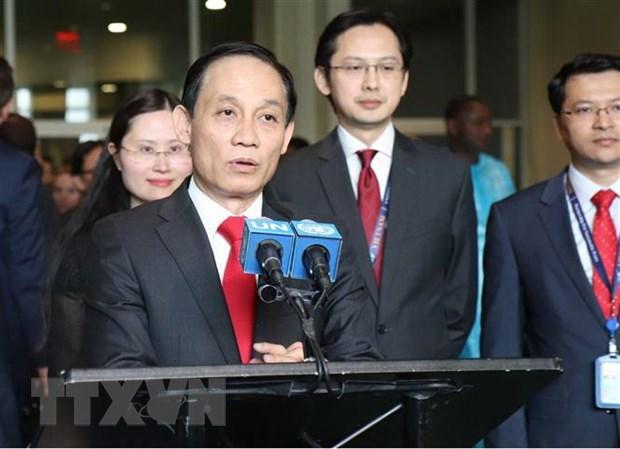 Ong Le Hoai Trung: Thanh tuu doi moi cua Viet Nam duoc khang dinh hinh anh 1