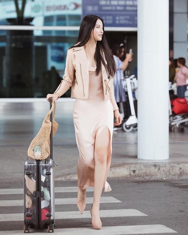 Diep Lam Anh bau bi van sexy, Chi Pu va Minh Hang goi cam het muc hinh anh 8