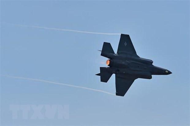 Airbus, Boeing, Lockheed Martin chay dua goi thau may bay cho Canada hinh anh 1