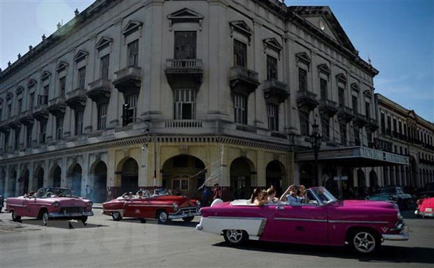 Cuba thieu nhien lieu tram trong vi cac lenh trung phat cua My hinh anh 1