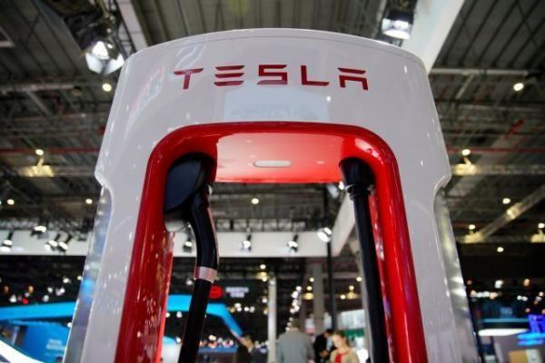 Doanh nghiep Brazil dam phan cung cap pin lithium cho Tesla hinh anh 1