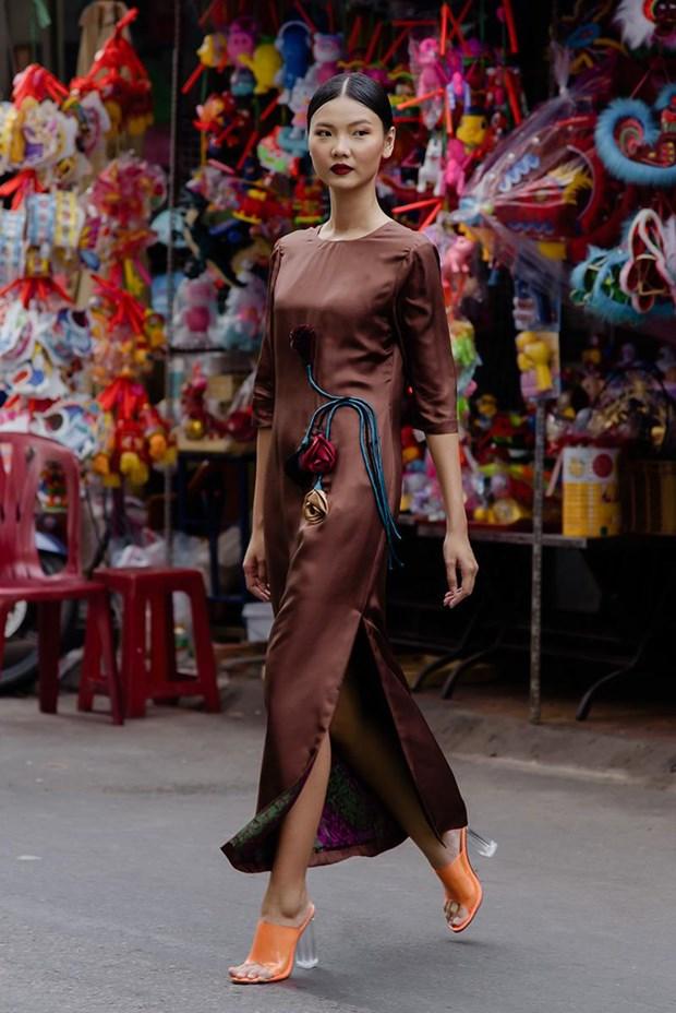 Nhung thiet ke lua dam chat Ha thanh cho mua thu cua Ha Linh Thu hinh anh 1