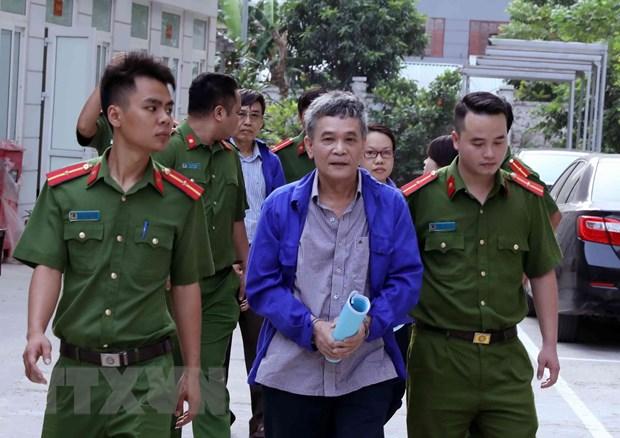 Xet xu nguyen Tong Giam doc Bao hiem xa hoi Viet Nam va cac dong pham hinh anh 1