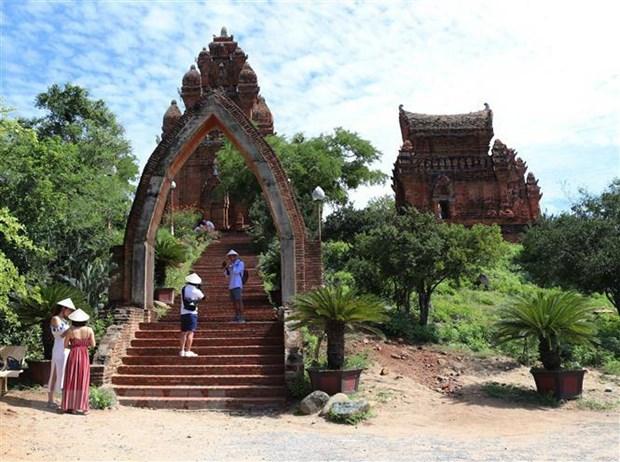 Di tich thap Po Klong Garai - diem den hap han cua Ninh Thuan hinh anh 2