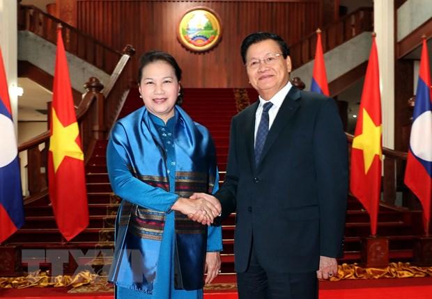 Chu tich Quoc hoi Nguyen Thi Kim Ngan hoi kien Thu tuong Lao hinh anh 2