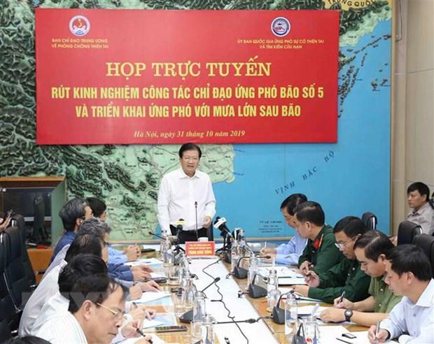 Pho Thu tuong Trinh Dinh Dung: Tap trung khac phuc hau qua bao so 5 hinh anh 1