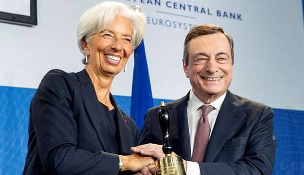 Tan Chu tich ECB dung truoc nhung nhiem vu day thach thuc hinh anh 1