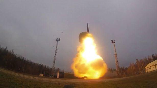 Nga: Khong he thong nao co the danh chan ten lua dan dao RS-24 Yars hinh anh 1