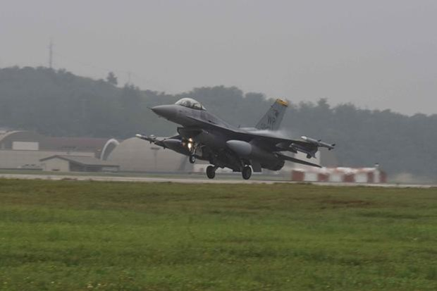 Anh ho tro Tho Nhi Ky thay the dan may bay chien dau F-16 hinh anh 1