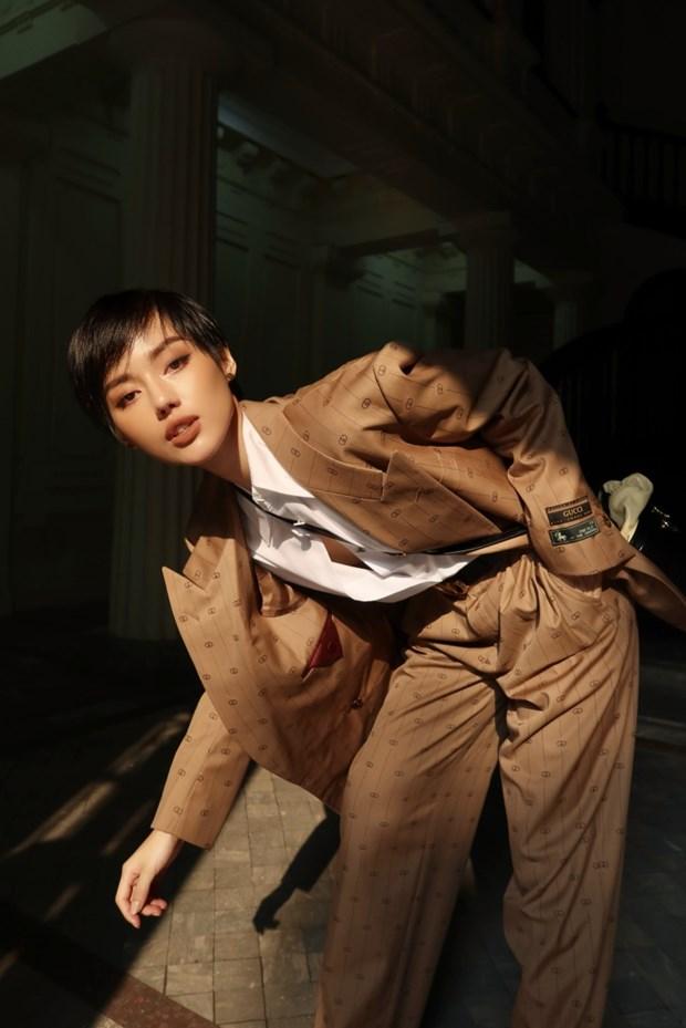 Fashionista Viet dong loat len do xuong pho cuc chat va sang chanh hinh anh 7