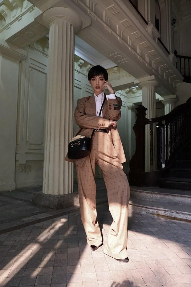 Fashionista Viet dong loat len do xuong pho cuc chat va sang chanh hinh anh 9