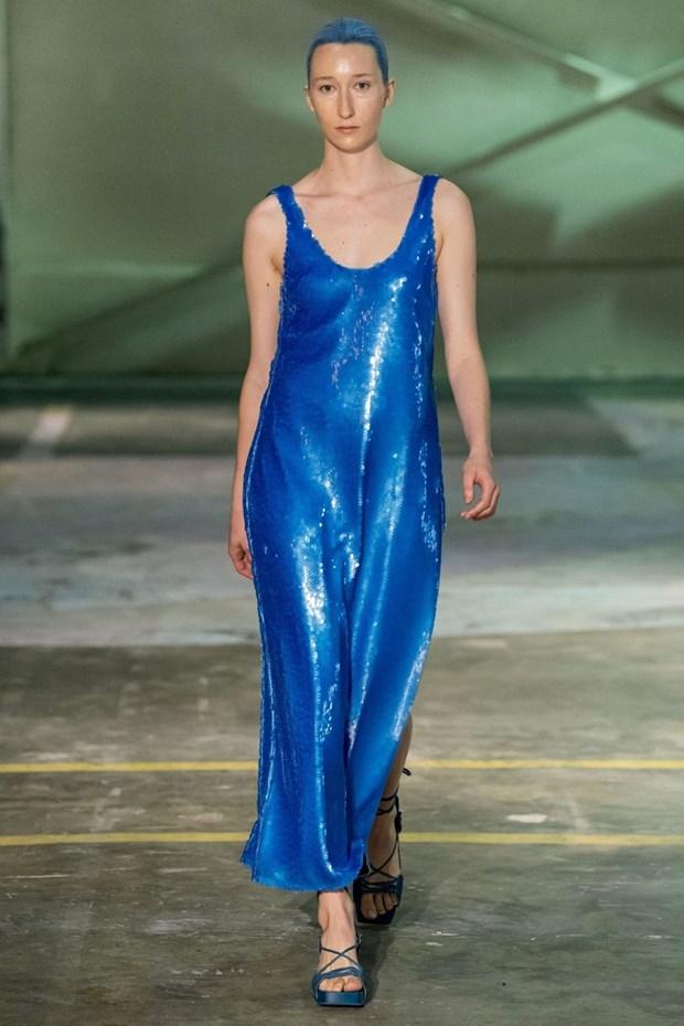 Classic blue - sac xanh co dien len ngoi trong nam 2020 hinh anh 5