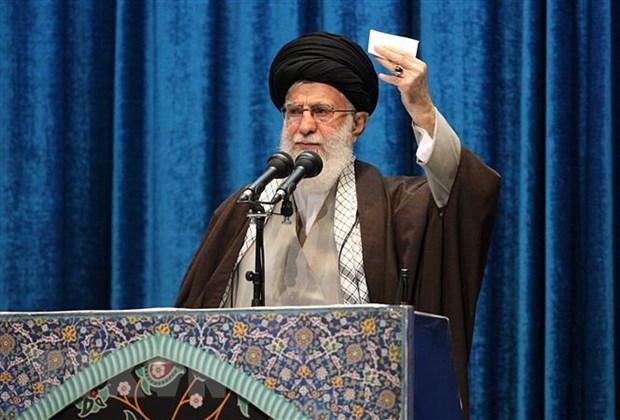 Lanh tu Khamenei: Iran nen tang suc manh quan su de ngan chien tranh hinh anh 1