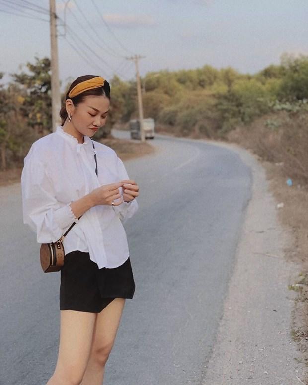 Hoang Thuy Linh, Phi Phuong Anh dan dau top sao mac dep tuan qua hinh anh 4