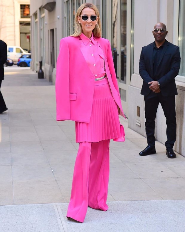 Celine Dion bien duong pho New York thanh san catwalk cua rieng minh hinh anh 22