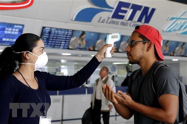 COVID-19: Mexico ha lai suat co ban, van luu thong thuong mai voi My hinh anh 1