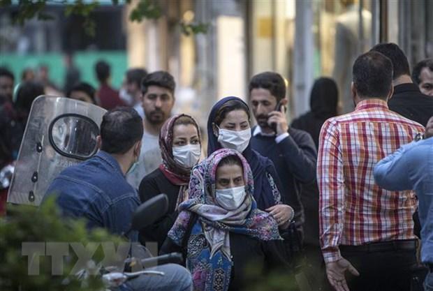 Iran: Gan 100.000 nguoi mac COVID-19, hon 6.300 ca tu vong hinh anh 1