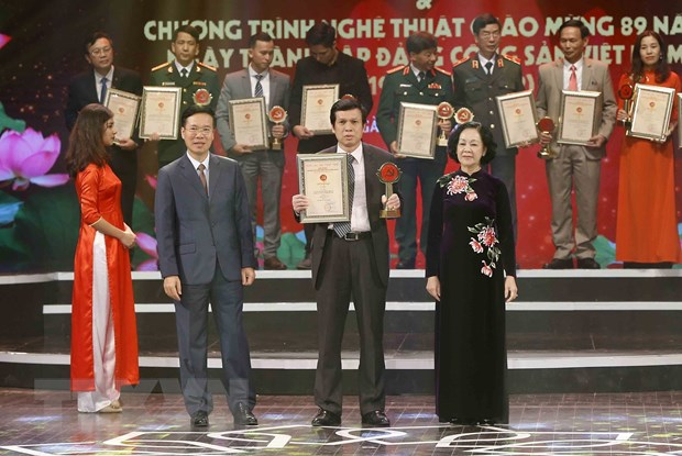 [Photo] TTXVN khong ngung doi moi, nang cao chat luong thong tin hinh anh 26