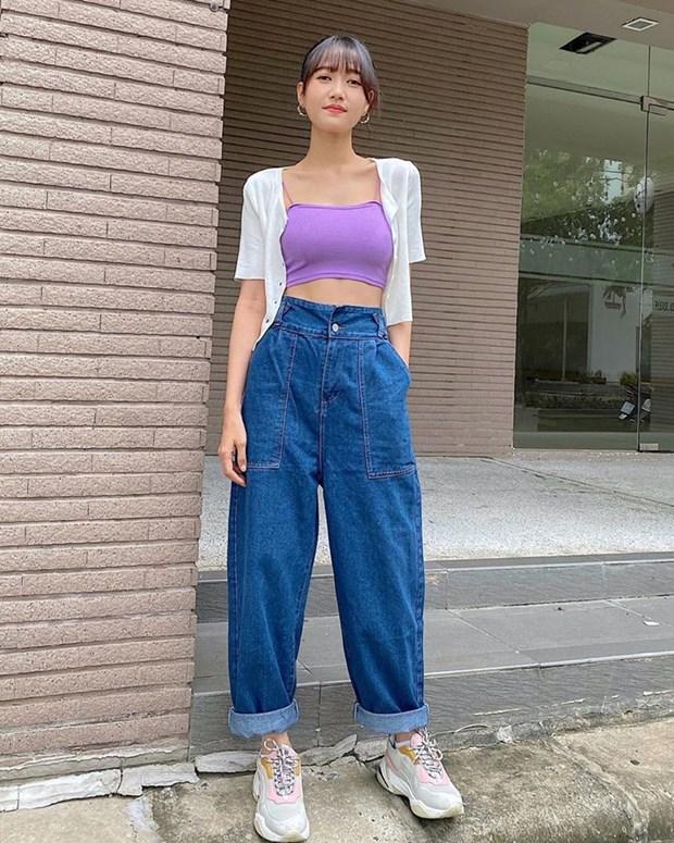 Street style khoe dang nuot na va an gian tuoi cua my nhan Viet hinh anh 18