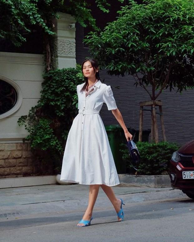 Street style khoe dang nuot na va an gian tuoi cua my nhan Viet hinh anh 19