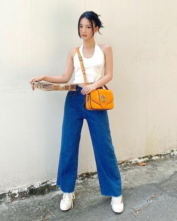 Chau Bui, Ninh Duong Lan Ngoc do street style cung dan sao Viet hinh anh 5