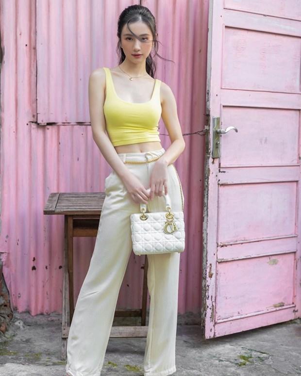 Chau Bui, Ninh Duong Lan Ngoc do street style cung dan sao Viet hinh anh 6