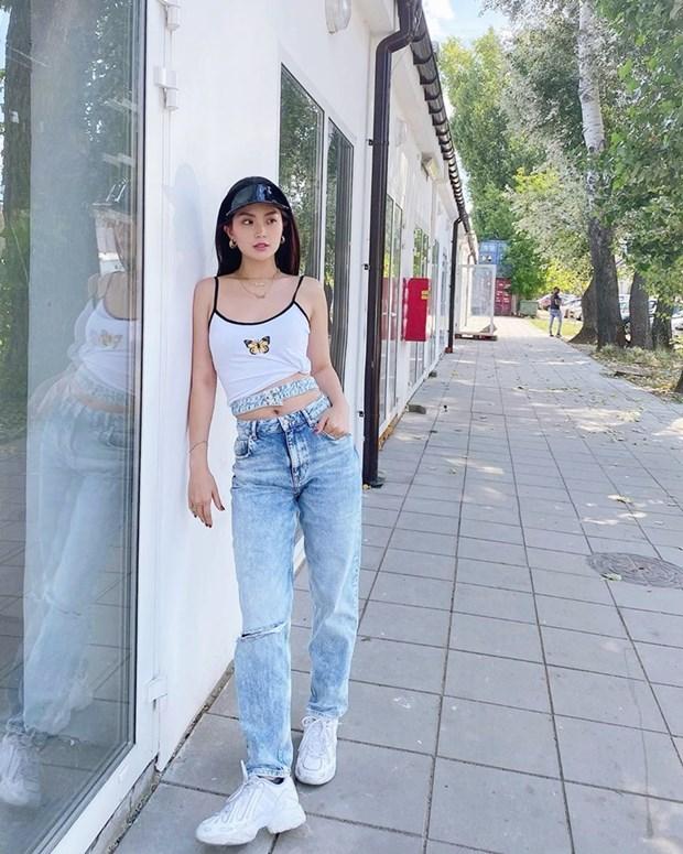 Chau Bui, Ninh Duong Lan Ngoc do street style cung dan sao Viet hinh anh 13