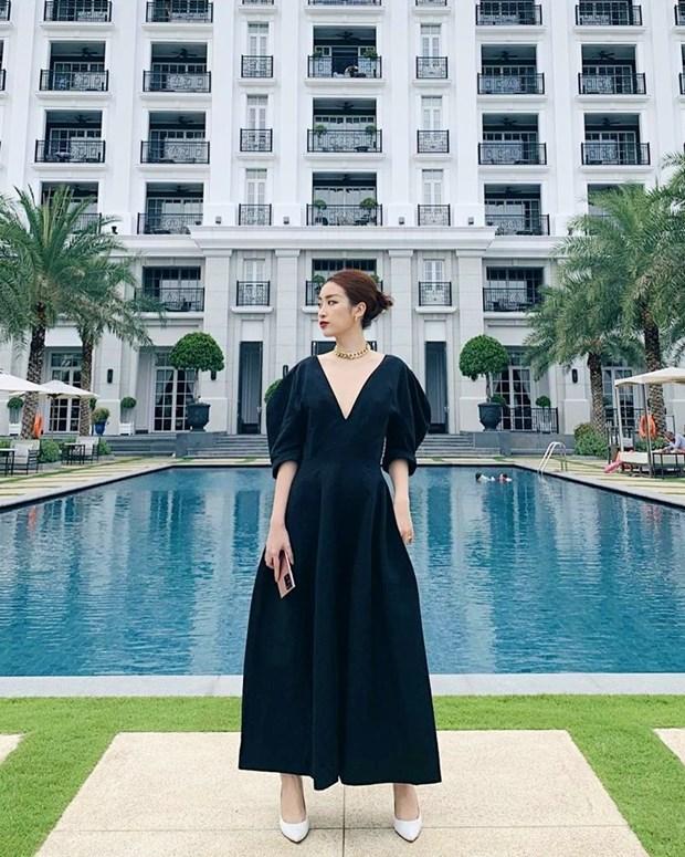 Chau Bui, Ninh Duong Lan Ngoc do street style cung dan sao Viet hinh anh 19