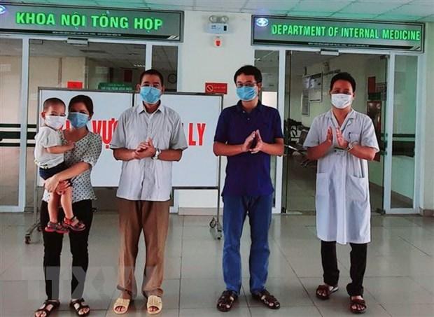 Benh nhan COVID-19 cuoi cung o Quang Tri duoc xuat vien hinh anh 1