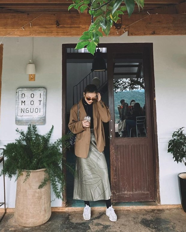Ngam street style cua dan my nhan Viet nhung ngay se lanh hinh anh 3