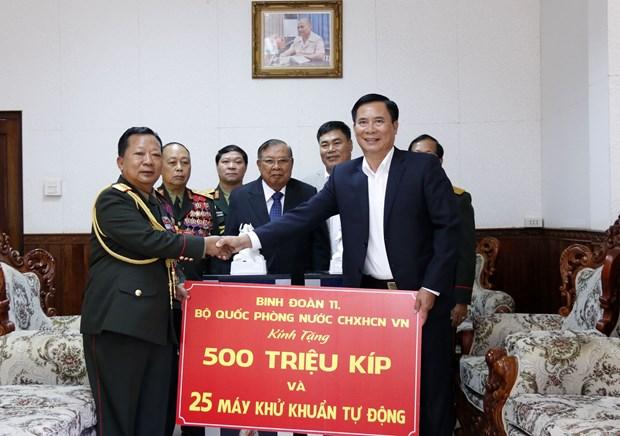Bo Quoc phong Viet Nam ho tro Lao phong chong dai dich COVID-19 hinh anh 1