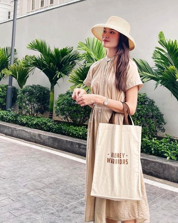Phong cach banh beo phu song street style cua dan sao Viet hinh anh 5