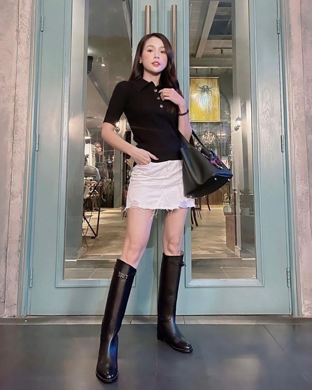 Phong cach banh beo phu song street style cua dan sao Viet hinh anh 10