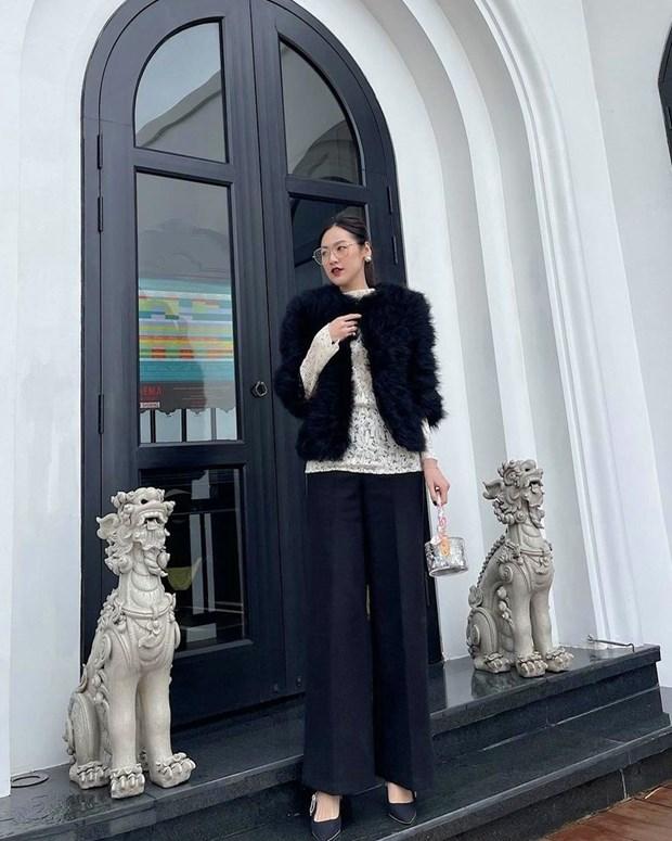 Phong cach banh beo phu song street style cua dan sao Viet hinh anh 24