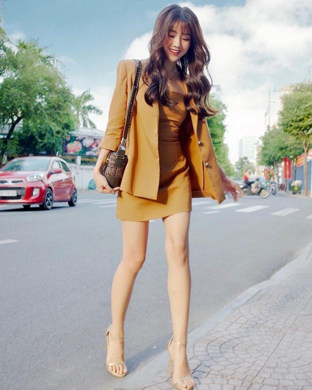 Chiem nguong loat street style