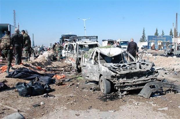 Tan cong khung bo tai mien Bac Syria, 35 nguoi thuong vong hinh anh 1