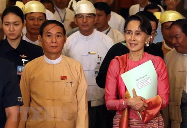 Hoi dong Bao an keu goi quan doi Myanmar tra tu do cho ba San Suu Kyi hinh anh 1