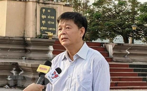 Tong lanh su quan Viet Nam ho tro kieu bao tai Preah Sihanouk hinh anh 2