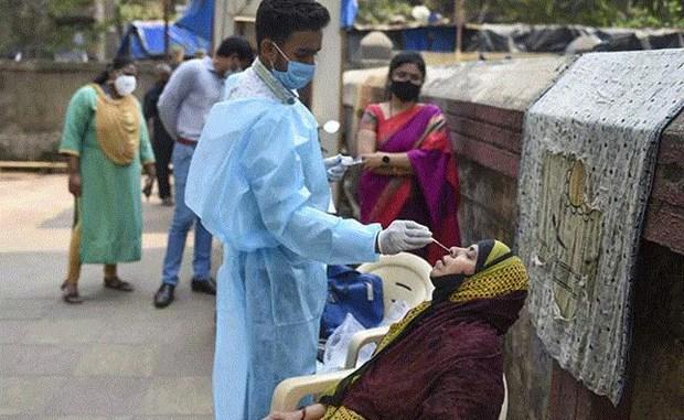 Dich COVID-19: An Do phong toa mot so thi tran tai bang Maharashtra hinh anh 1