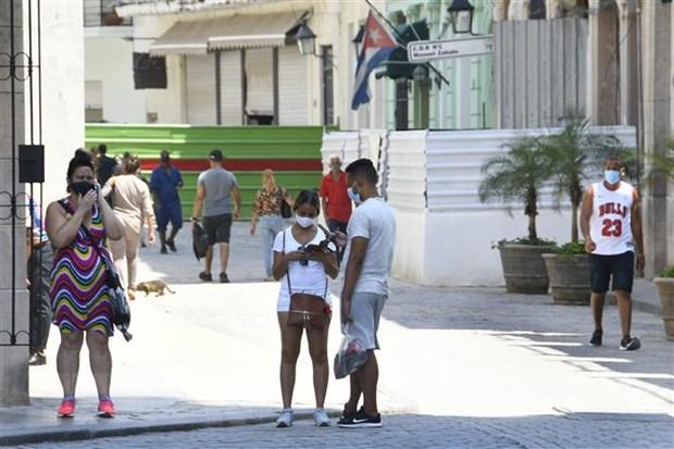 COVID-19: Cuba co them gan 1.000 ca lay nhiem trong cong dong hinh anh 1