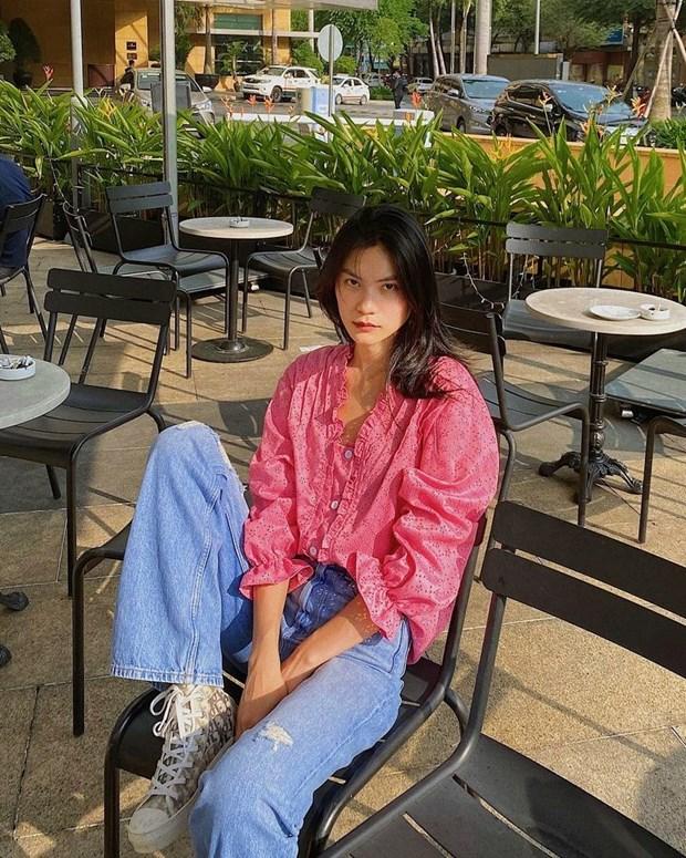 Combo somi, quan jeans phu song thoi trang duong pho cua dan sao Viet hinh anh 5