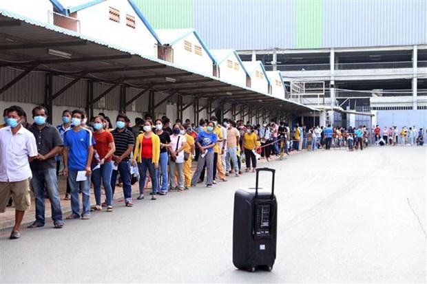 AMRO: Kinh te Campuchia se tang truong tro lai trong nam 2021 hinh anh 1