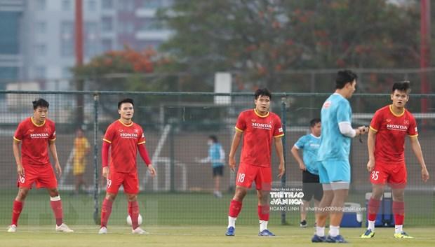 Vong loai World Cup: Quang Hai san sang, Tuan Anh kho du tran gap UAE hinh anh 2