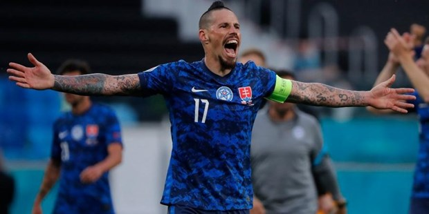 EURO 2020: Thu quan Slovakia huong toi tran dau dang nho voi Thuy Dien hinh anh 1