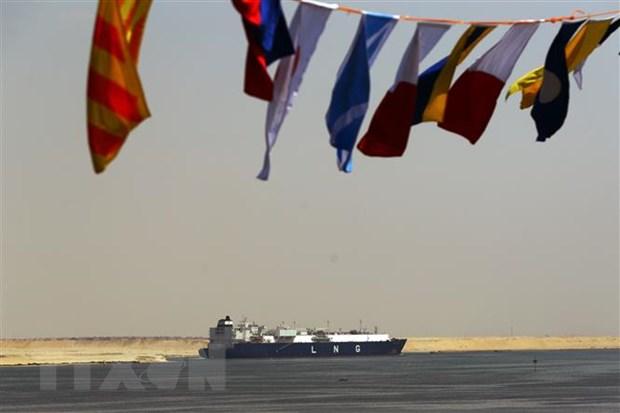 Doanh thu cua kenh dao Suez uoc tang 10% trong tai khoa 2021-2022 hinh anh 1
