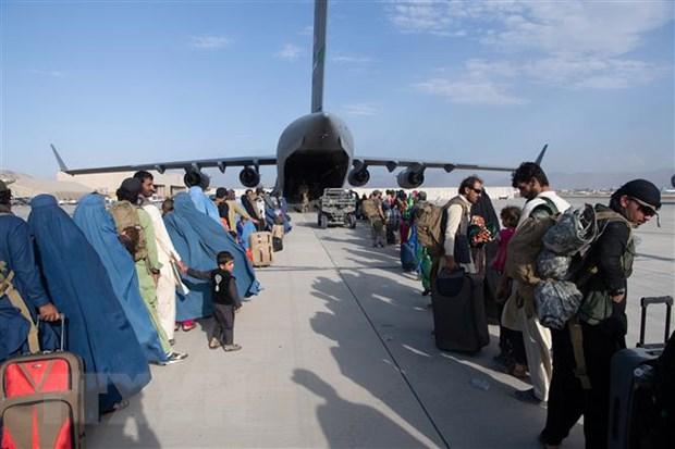 Chinh phu Uzbekistan cho phep nguoi Afghanistan qua canh sang Duc hinh anh 1