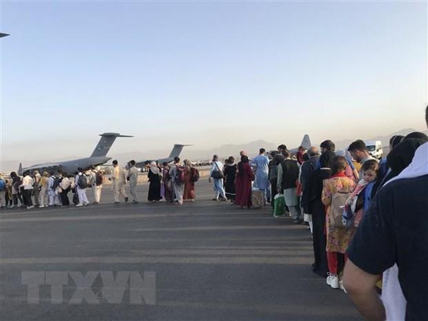 Chinh phu Uzbekistan cho phep nguoi Afghanistan qua canh sang Duc hinh anh 2