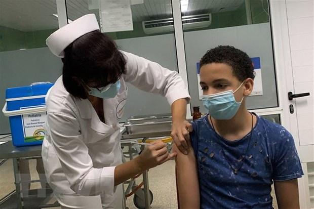 My: Hoc sinh tren 12 tuoi tai Los Angeles bat buoc phai tiem vaccine hinh anh 1